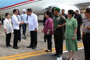 Presiden Jokowi , bandara Miangas, Kabupaten Kepulauan Talaud,