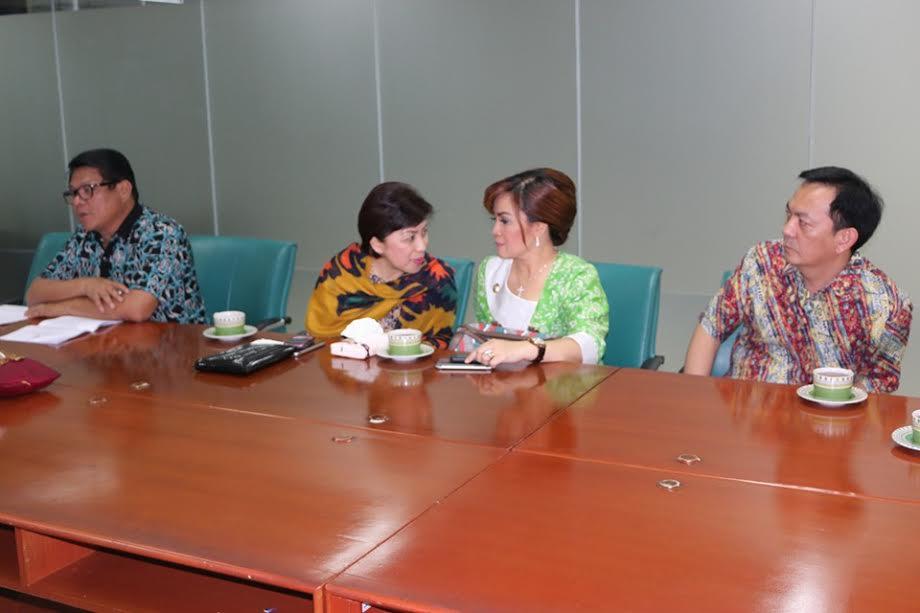 WakilWali Kota SAS dan PImpinan serta anggota DPRD Tomohon saat di BKPM
