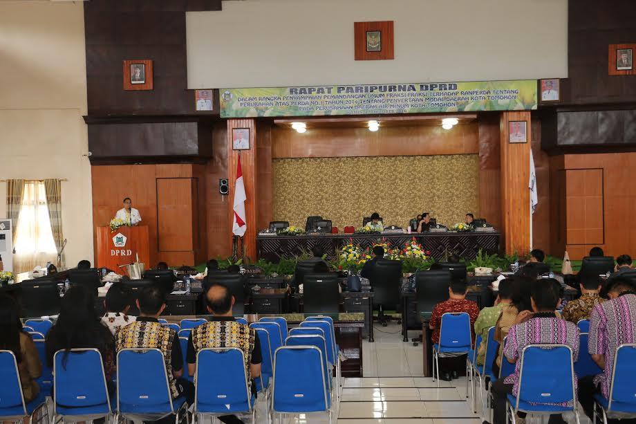 Rapat Paripurna DPRD Tomohon  Pemandangan Umum  Perubahan Penyertaan Modal Perusahaan Daerah