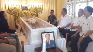 Wakil Bupati, Frangky Donny Wongkar, Ir Izhac Habibuw