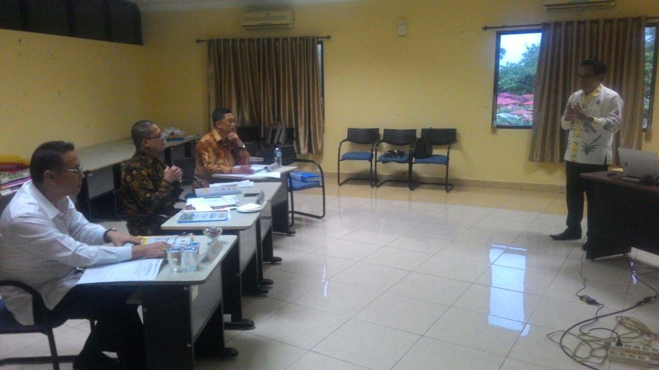 Eman Mentor di Seminar Steven Waworuntu SSTP