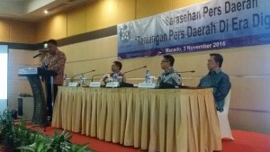 Sarasehan Pers Daerah, pers sulut,Josep Adiprasetyo, Dr Sinyo H Sarundajang
