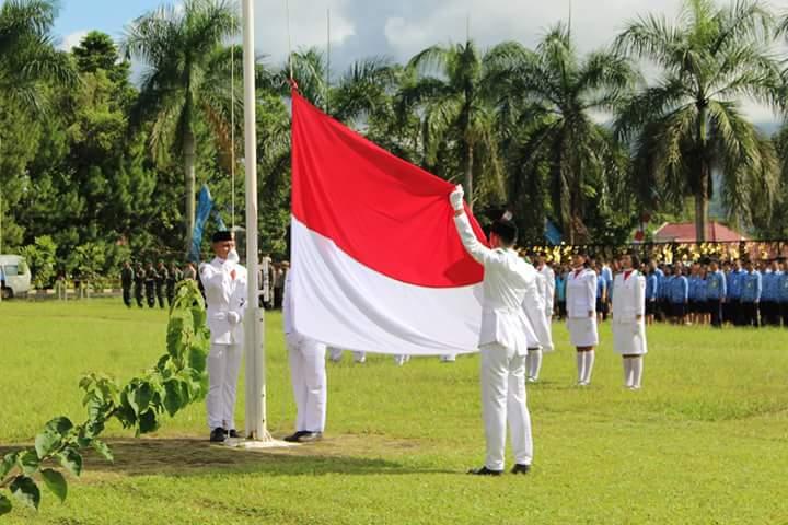 Upacara Bendera Hari Pahlawan dan Hari Pangan Sedunia di Kota Tomohon