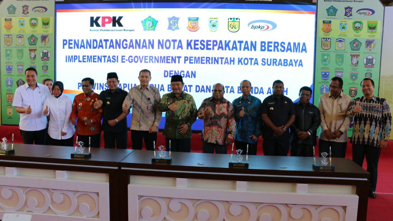 Kepala-kepala daerah yang menandatangani MoU dengan Sidoarjo dan Surabaya