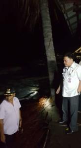Korban Bencana Gelombang Pasang di Desa Minanga Mitra Langsung Terima Bantuan Pemkab