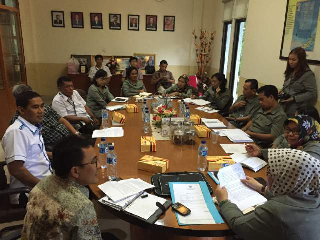 Senator Ir Stefanus BAN Liow bersama tim di BPOM Sulut