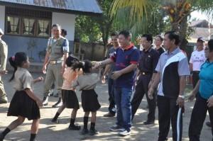 Pembangunan sekolah menengah pertama