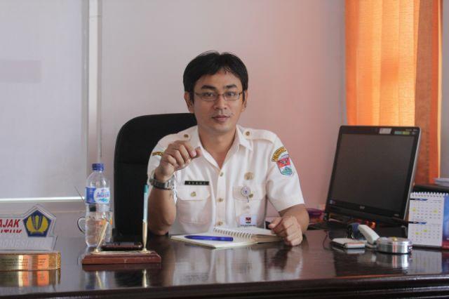 Sekretaris Dinas Pendapatan daerah Mitra Rommy Mewengkang SE