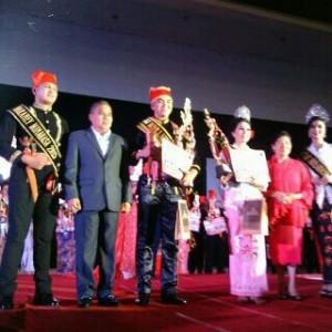 Sandy Lumanauw ,Ribka Mandagi ,Wulan dan Waraney Minahasa 2016 , Wulan dan Waraney