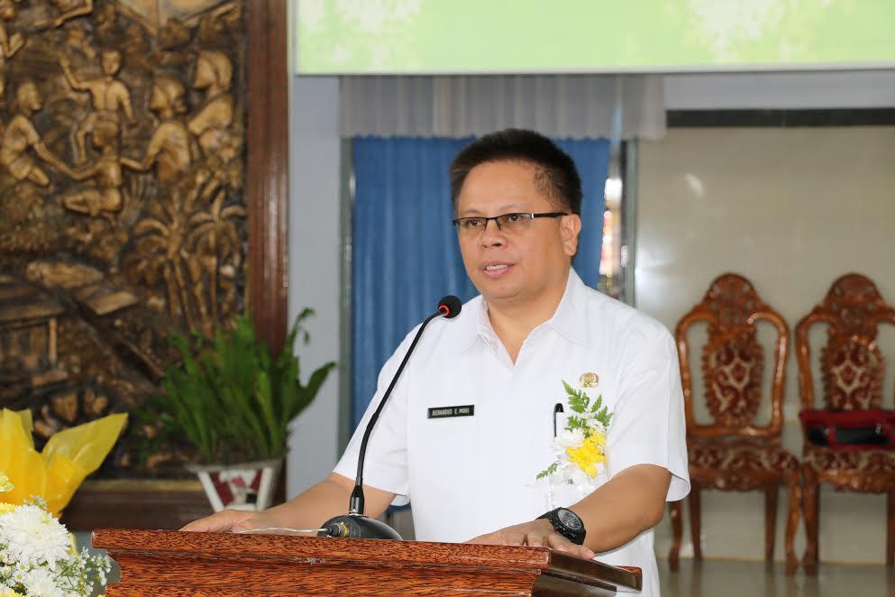 Kadis Dikda Drs Gerardus Mogi di Ibadan menyambut Natal