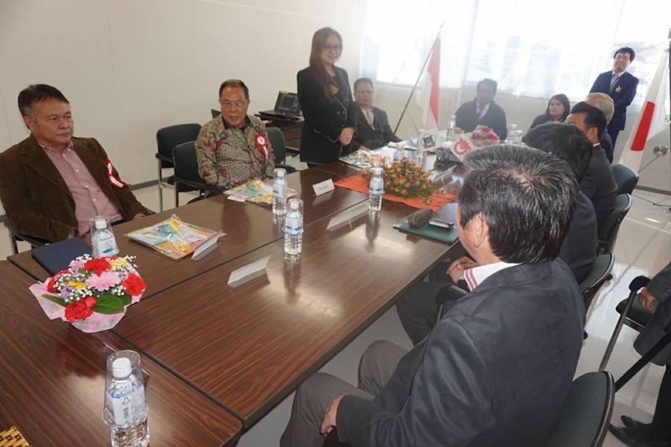 Wakil Wali Kota Tomohon memperkenalkan Delegasi Kota Tomohon