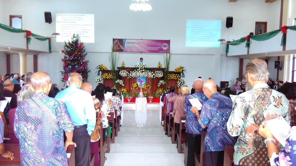 Ibadah Pranatal Lansia Rayon IV Tomohon dipimpin Pdt Petra Rembang MTh