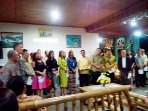 Pengurus Partai Golkar Tomohon Gelar Ibadah Natal