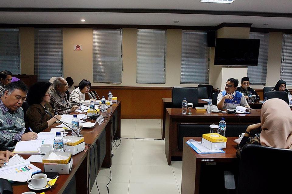 Ir Stefanus BAN Liow pada Rapat Komite III DPD-RI dengan Kementerian Kesehatan