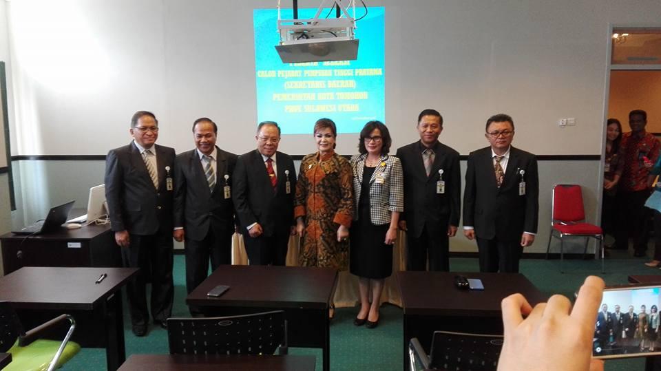 Lima calon Sekkot Tomohon bersam Wakil wali Kota SAS dan Kepala BKD Tomohon