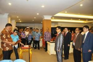 Olly Lantik Penggurus LPJK Provinsi Sulut