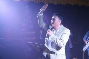 Wali Kota Tomohon Jimmy F Eman SE Ak di Toast Akhir Tahun