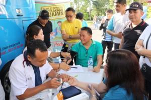 Pemeriksaan kesehatan gratis dalam rangka HUT ke-14 Kota Tomohon