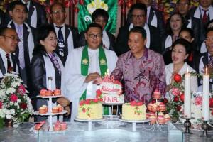 Wali Kota Tomohon hadirin HUT ke-168 GMIM Kakaskasen Pniel