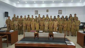 asisten III Minahasa , Dra Hetty Rumagit, Drs Moudy Pangerapan MAP,