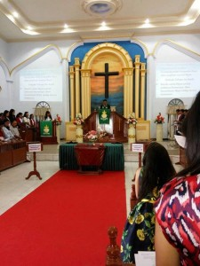 Wakil Walikota Bitung ,Ir Maurits Mantiri ,  GMIM Zaitun Madidir,