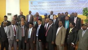 Sonny Kaparang bersama rekan-rekan anggota DPRD Kabupaten Mimika Papua