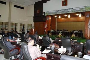 Suasana Rapat Paripurna Pengajuan dan Pemandnagan Umum Tiga Ranperda