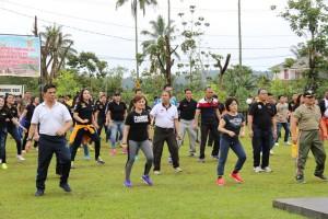 Natal dan Tahun Baru Aman, Pemkot-Polres Tomohon Gelar Olahraga Bersama