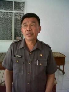 Kepala Dksnakertrans Mitra Drs Robby Sumual