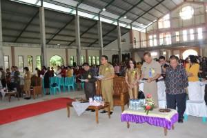 Wali Kota Tomohon menghadiri perayaan Natal dan Tahun Baru Persekolahan Katolik Kevikepan Tomohon