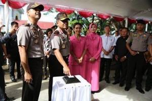 Irjen Pol Bambang Waskito , Polres Minsel, aplikasi android AREA