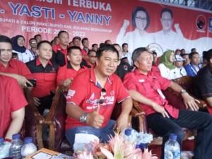 Yasti Soepredjo ,Yani Tuuk,PDI-P, James Sumendap, pilkada bolmong