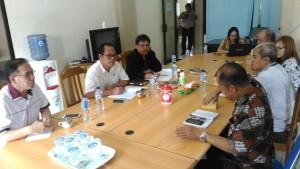 Hearing Komisi II DPRD Tomohon dengan instansi terkait