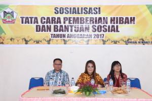 Wakil Wali Kota Tomohon, Kepala Badan Keuangan Daerah dalam Sosialisasi Pemberian Dana Hibah dan Bansos