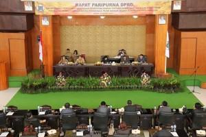 Wali Kota Tomohon Ajukan Dua Ranperda ke DPRD