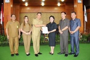 Wali Kota, Wakil Wali Kota, Sekretaris Kota serta Pimpinan DPRD Tomooon