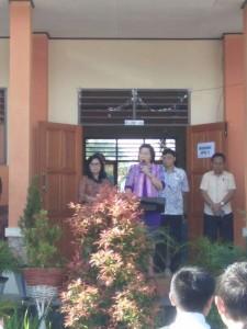 Kepala Dinas Dikbud Tomohon Dr Juliana Dolvin Karwur MSi MKes saat membuka kegiatan