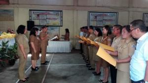Camat Tomohon Barat membacakan Deklarasi Stop BABS