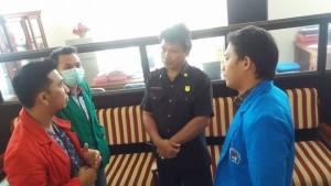 Perwakilan Mahasiswa UKIT sempat bersitegang dengan security karena tak diizinkan bertemu Ketua BPMS GMIM