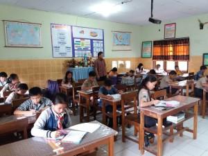 Tes gelombang pertama penerimaan siswa baru SMP Katolik Stella Maris