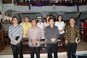 Jajaran Pemkot Tomohon yang menghadiri Ibadah Serah Terima Jabatan Ketua BPMJ Nimahesaan Pinaras