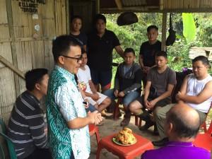 Senator SBAN Liow resses berdiskusi dengan generasi muda
