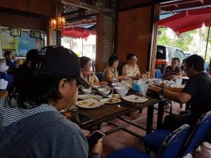 Diskusi Senator Ir Stefanus BAN Liow dengan Jurnalis Indepependen Tomohon
