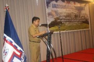 Kepala Biro Perekonomian dan Sumber Daya Alam Sulut, Frangky Manumpil, ketika memberikan sambutan di musyawarah daerah dan pelantikan pengurus asosiasi kontraktor Sulut