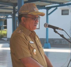 Wakil Walikota Bitung Ir Maurits Mantiri