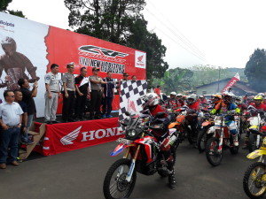 Honda CRF 250 Rally ditampilkan di Fun Adventure Tomohon