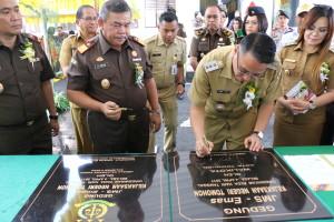 Pilot Project di Indonesia, Gedung Jaksa Masuk Sekolah di Tomohon Diresmikan