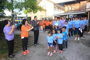 Ketua DPRD Tomohon melepas peserta jalan sehat