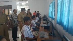 Bupati JWS Laporkan Pelaksanaan Ujian Nasional di Minahasa Lewat Video Conference ke Gubernur OD