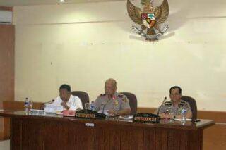 Wakapolda Sulut Brigjen Pol. Drs. Refdi Andri, ketika memimpin persiapan keamanan untuk kegiatan Paskah Nasional di Sulut